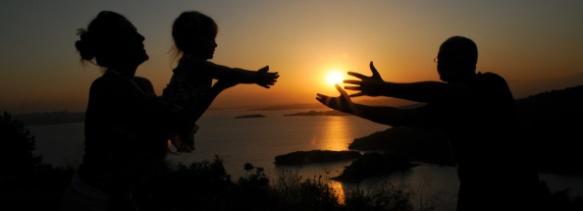 A Family Silhouette by Ozgur Poyrazoglu